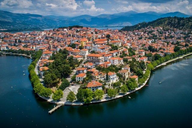 Kastoria. The town on Orestiada lake.