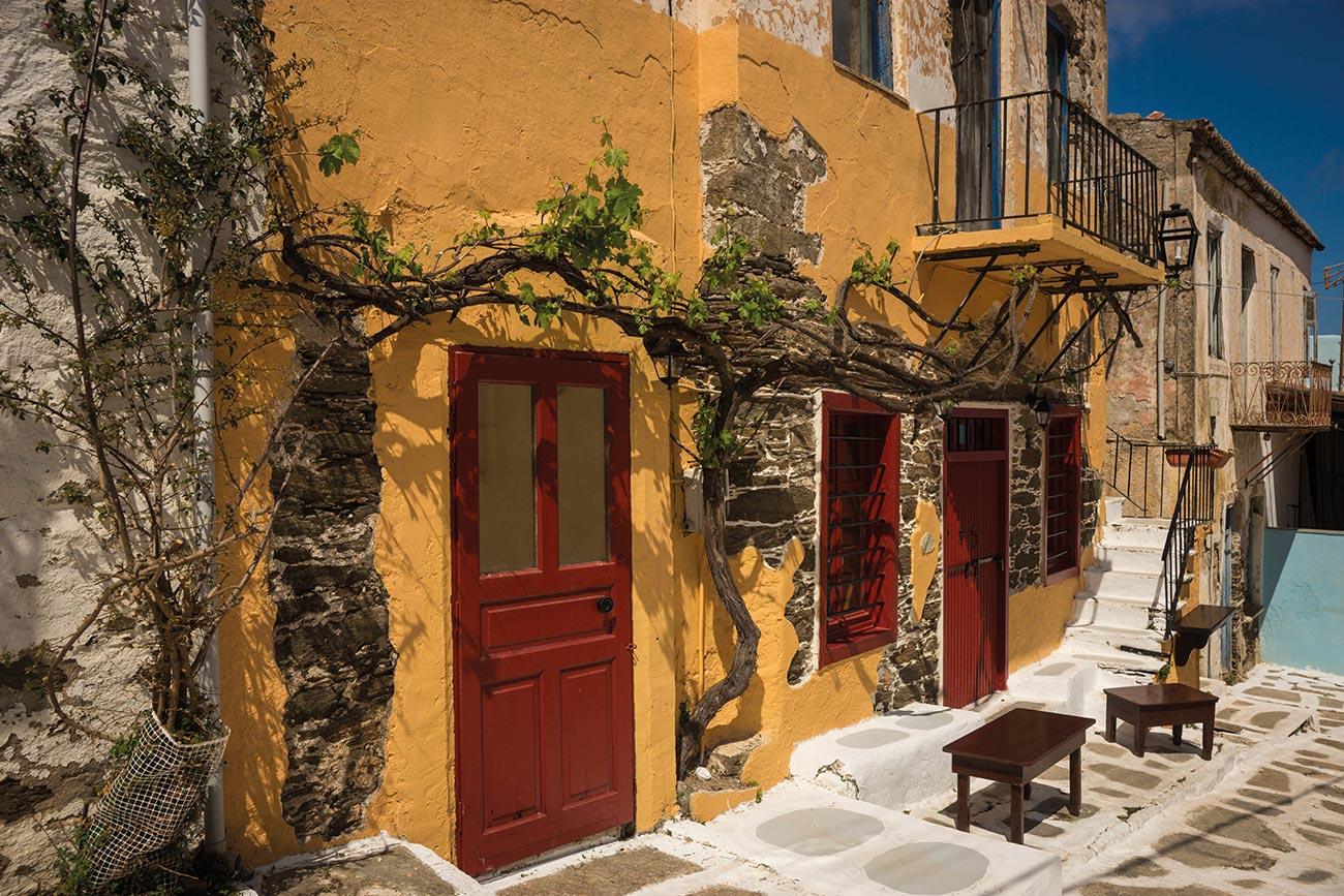 Kea. Traditional houses.