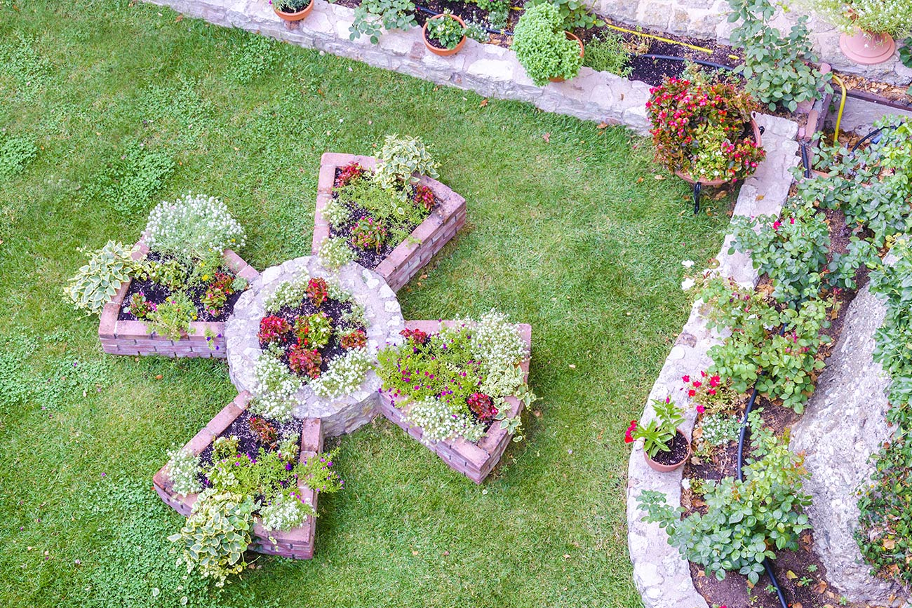 Meteora monastery garden