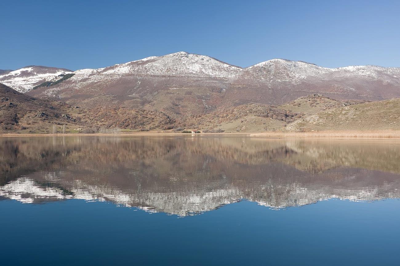 Nymfaio. Zazari lake.