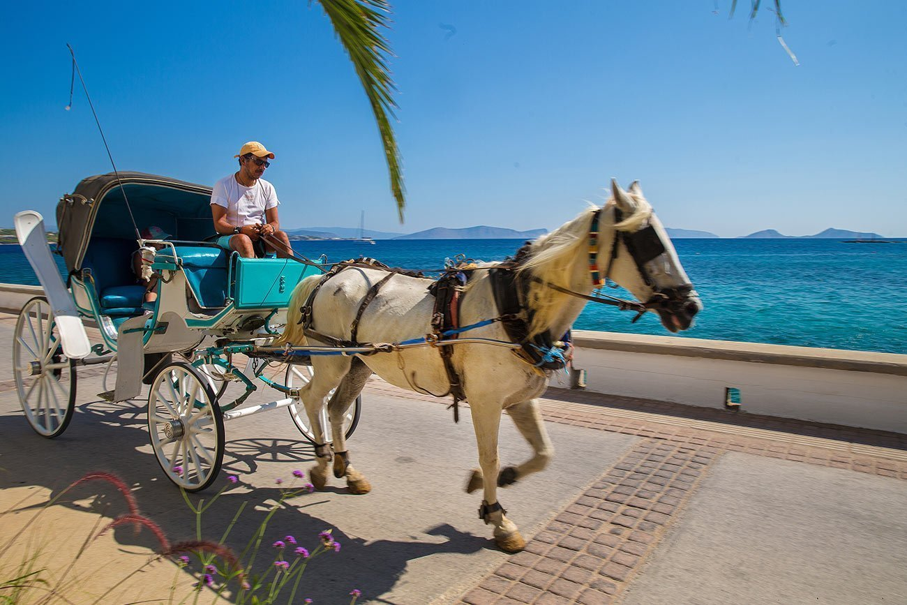 Spetses. Horse carriage.